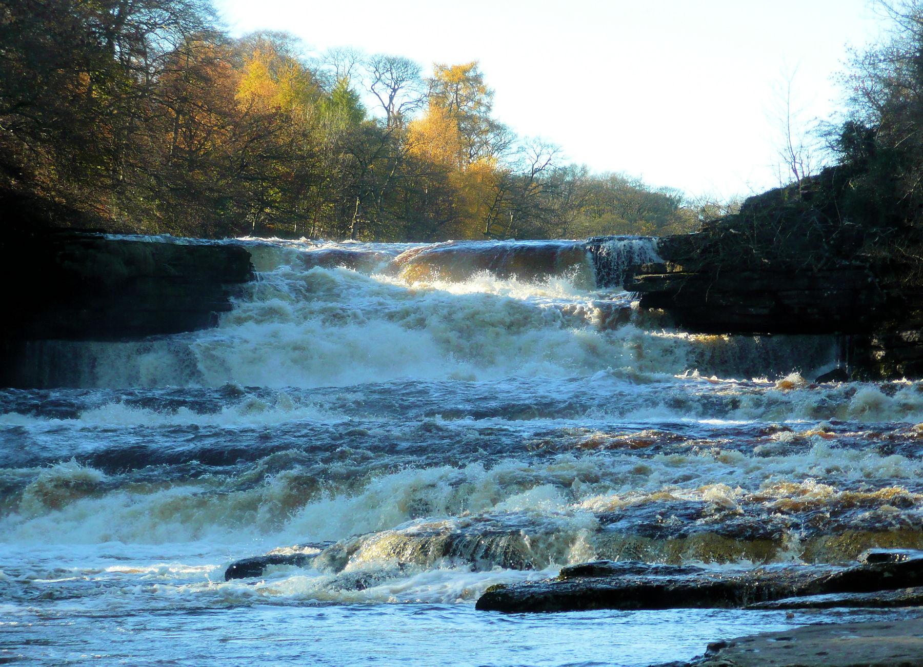 Aysgarth lower falls