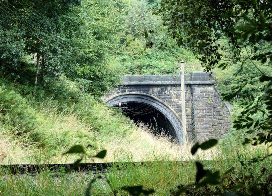 Mythomes Tunnel