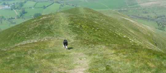 Descent to north on Dufton Pike