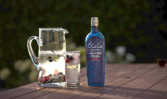 Blue Ice Vodka Spritzer