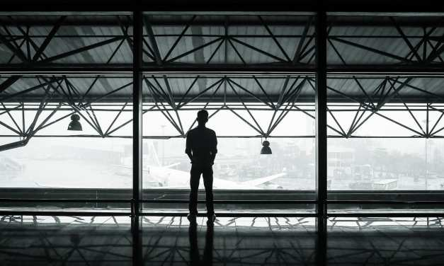Top 5 Essential Products for Men Who Are Frequent Flyers
