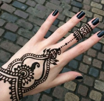 perfect simple mehndi designs