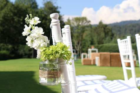 10 Ways to Bring Nature Into Your Wedding
