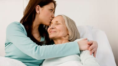 6 steps to help you take care of an elderly parent