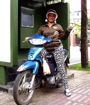 Moto-taxi Driver/Andrew Kolasinski