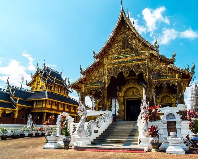 7 Reasons to Visit Thailand