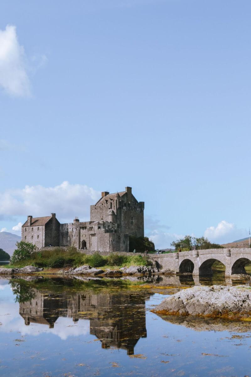 image of Eilean Donan castle and bridge