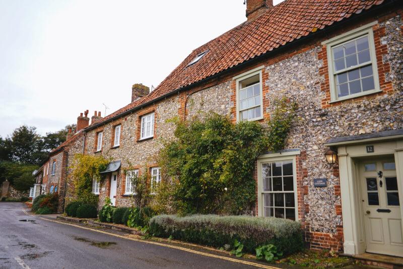 image of flint houses in Burnham Market