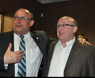 Mayor Vrbanovic with fellow regional councillor and doppelgänger Tom Galloway.