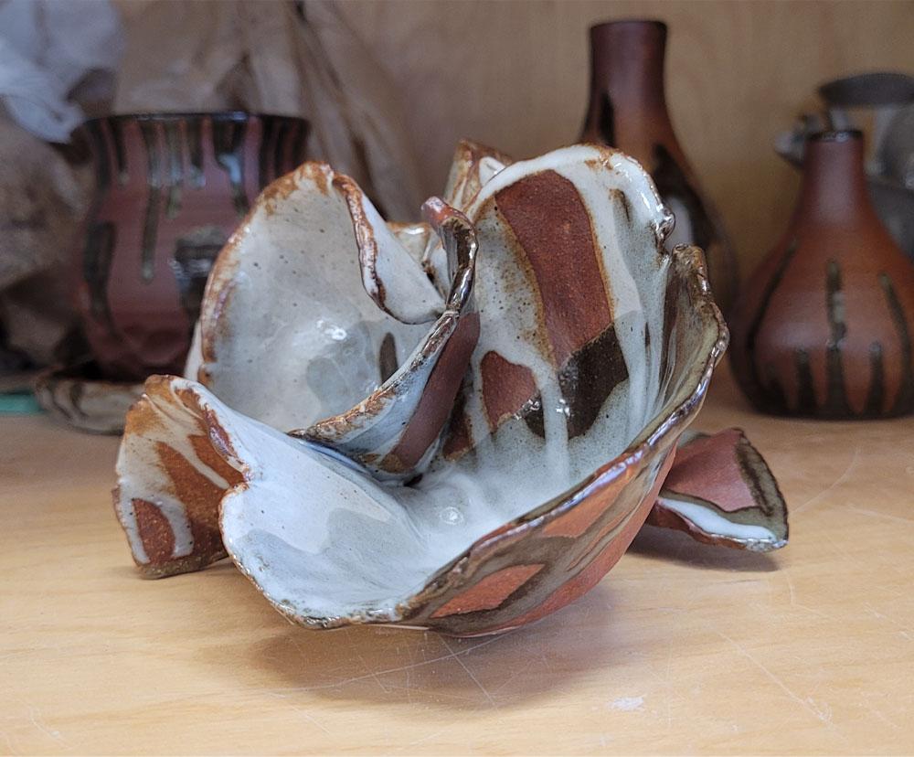 Tumnus Moran Ceramics Pinch Pot Reef Side
