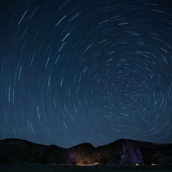 timelapse photography of stars at night