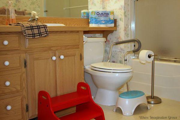 child friendly bathroom Kid Friendly Bathroom Hacks for Busy Families & Home