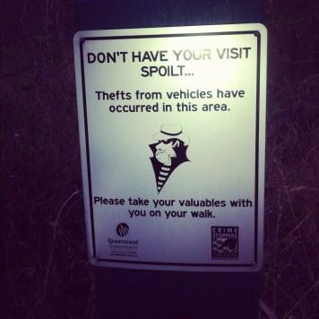 uwaga złodziej