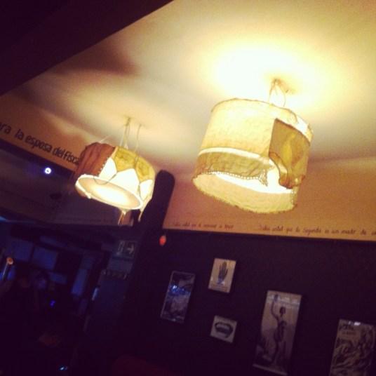 lampa z majtkami