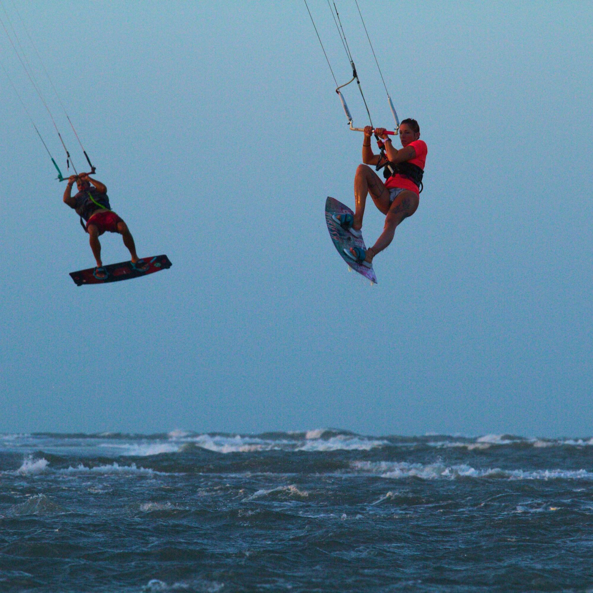 Double saut, praia de Macapa, spote de kite surf Brésil