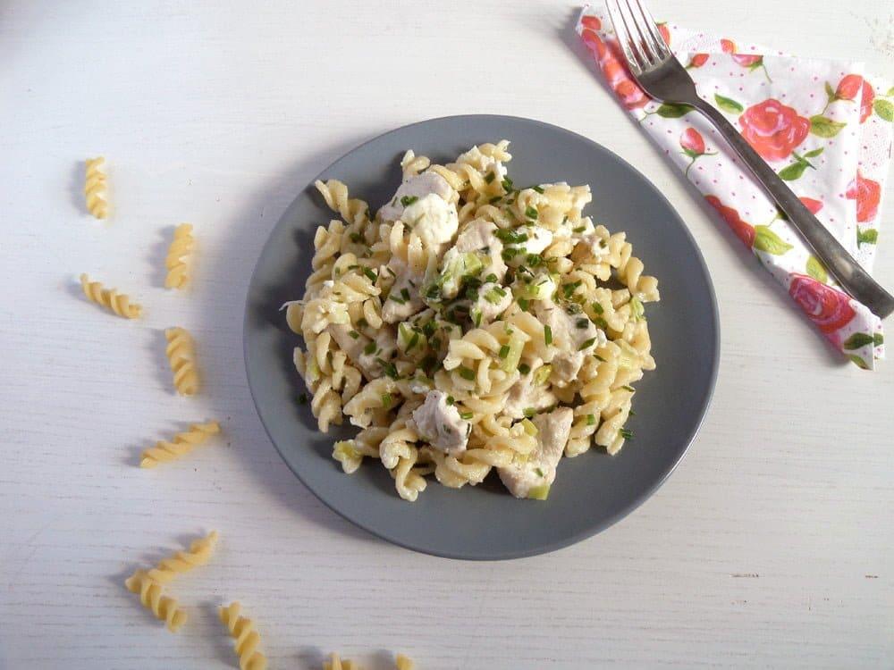 fusili chicken and feta Quick Fusilli with Chicken, Feta and Spring Onions