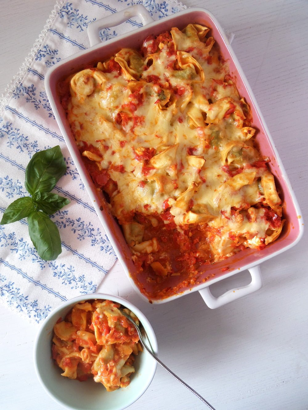 tortellini bell pepper cass Cheesy and Easy Tortellini Bell Pepper Casserole