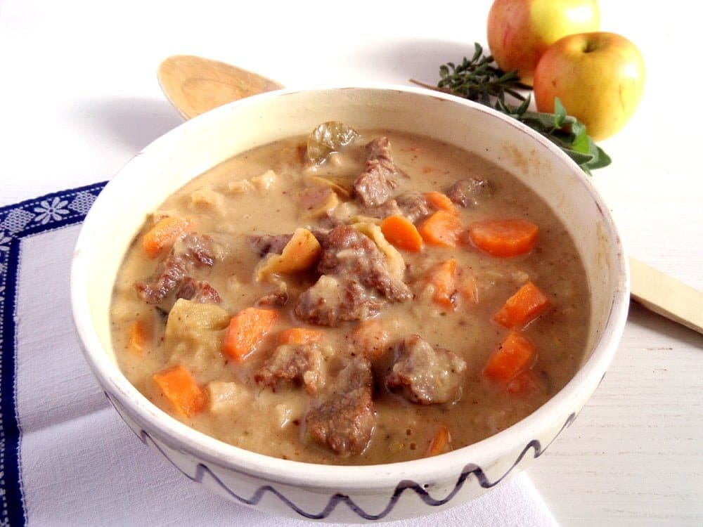 apple goulash with beef Comforting and Tender Beef Apple Goulash