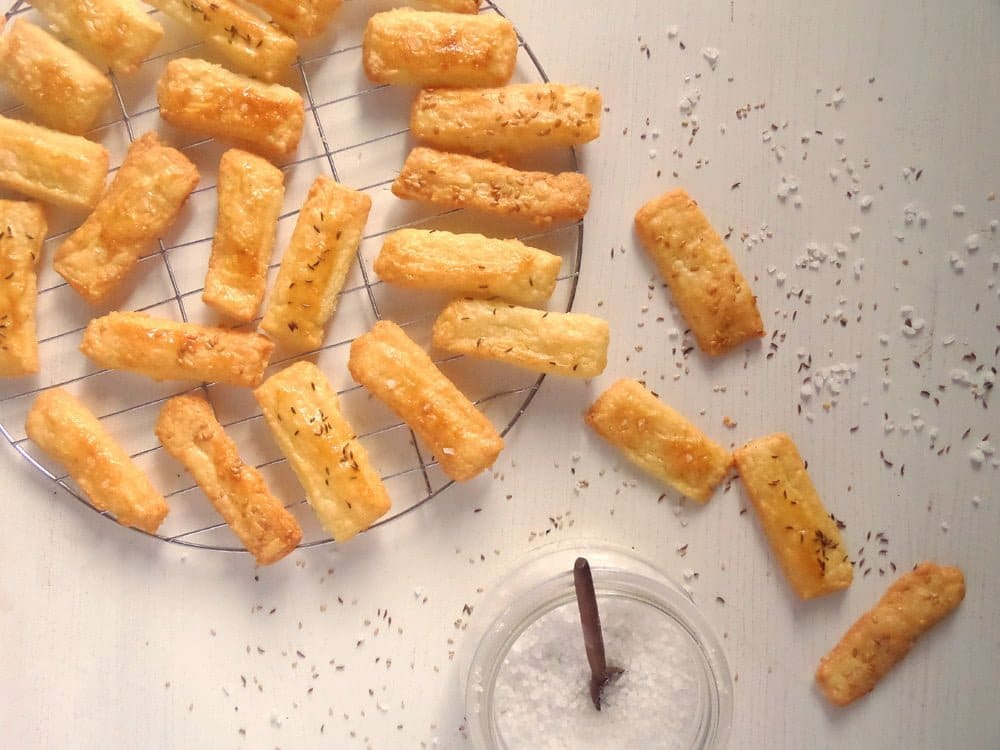 cheese crackers Cheese Caraway Crackers   Romanian Saratele Recipe