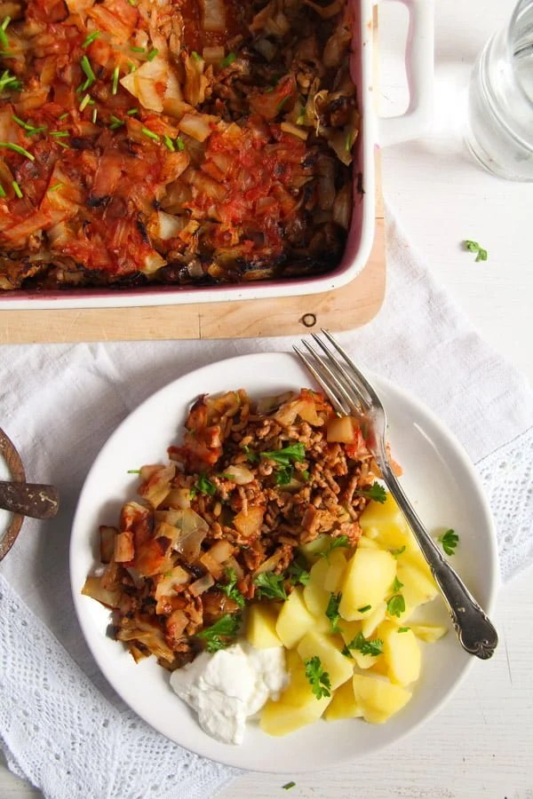 stuffed cabbage casserole 2 Stuffed Cabbage Casserole with Bacon and Ground Pork