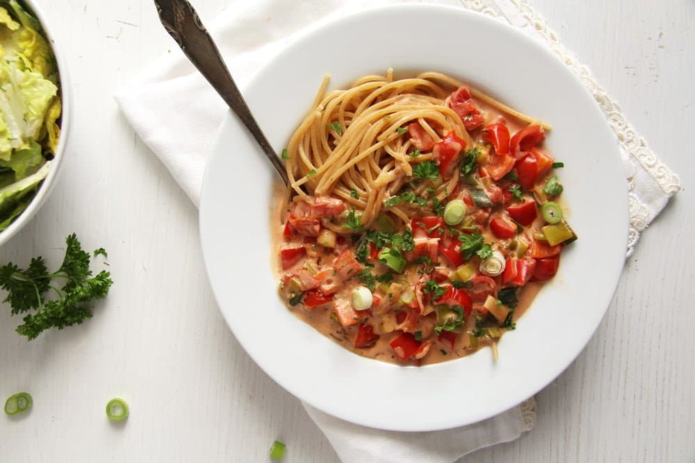 spaghetti green onion peppe Vegan Stuffed Peppers
