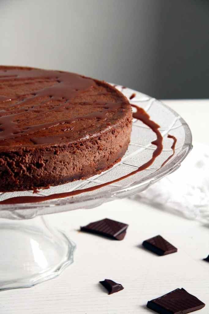 chocolate cheesecake 683x1024 Nigella Lawsons Chocolate Cheesecake with Sour Cream