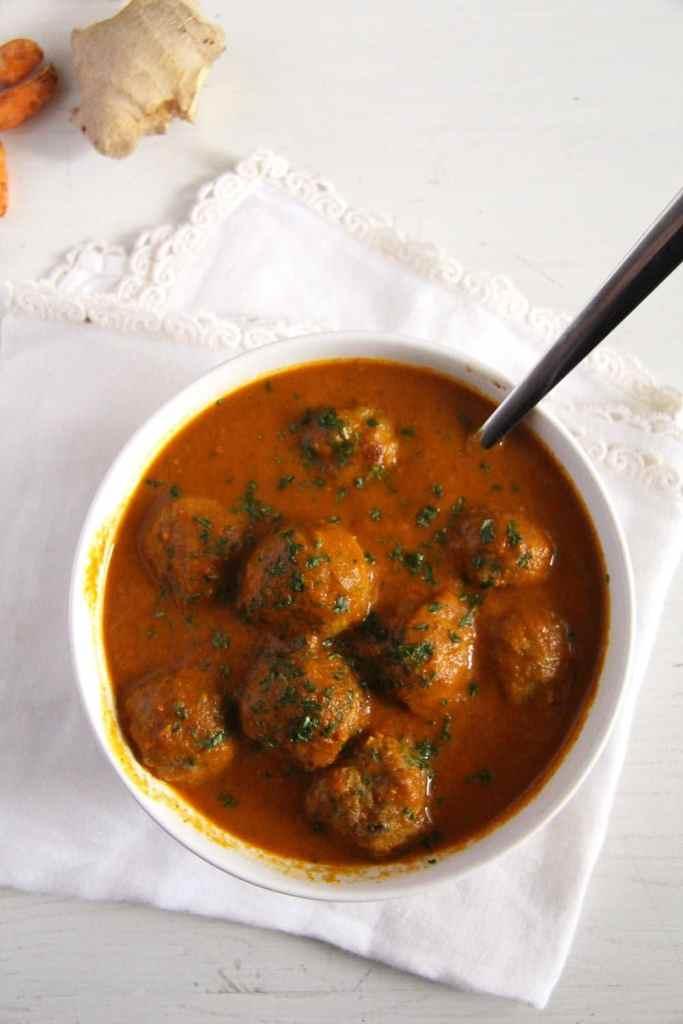 meatballs turkey 683x1024 Turkey Meatballs in a Spicy Turmeric Garlic Sauce
