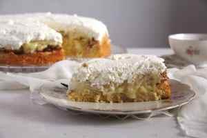 %name apple almond cake
