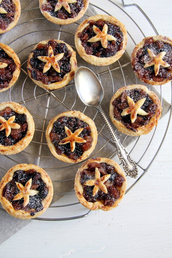 mince pie raisins 683x1024 Fruit Mince Pies with Homemade Mince Pie Filling