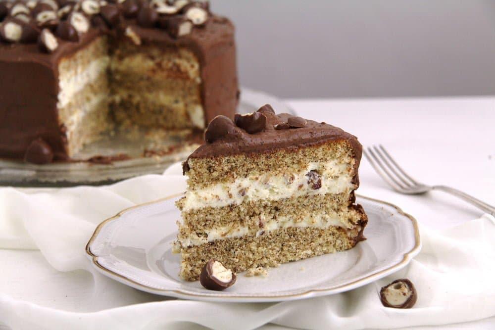 schoko bons cake Vanilla Chocolate Layer Cake with Ganache   Prajitura Televizor