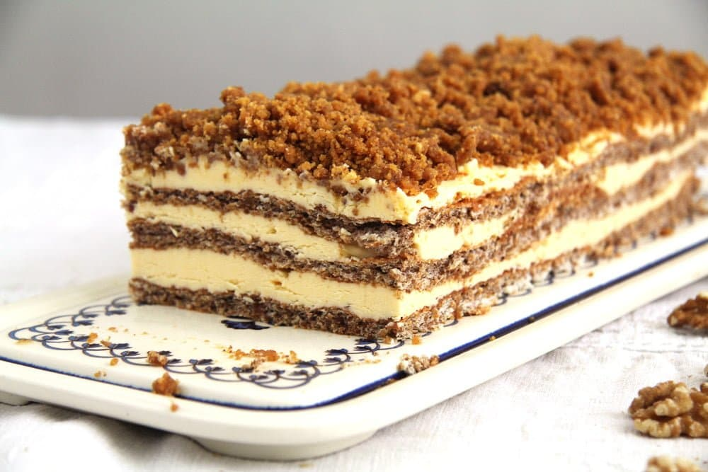 Caramelized Walnuts Buttercream Cake | Where Is My Spoon