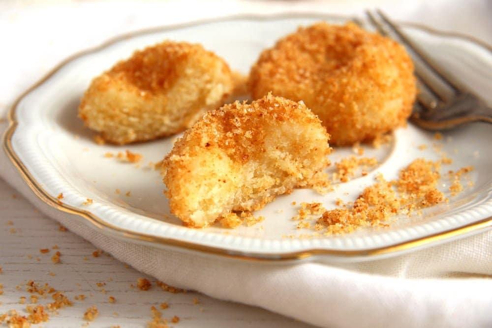 cheese dumplings sweet Romanian Cheese Dumplings – Papanasi fierti