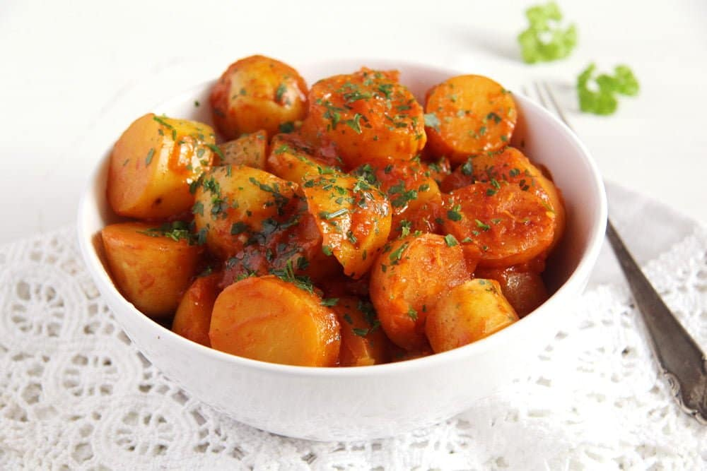 New Potatoes in Tomato Sauce