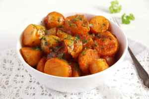 new potatoes tomato sauce 300x200 Mashed Cauliflower and Potatoes
