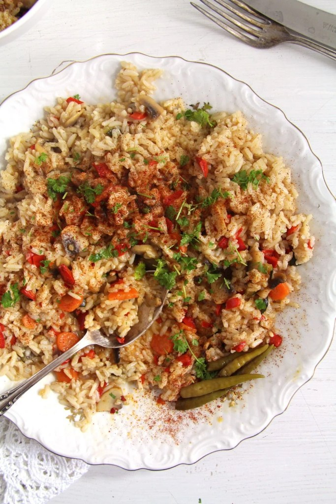 rice vegetables 683x1024 Romanian Vegan Vegetable Rice or Pilaf