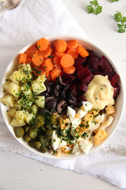 salad russe olives Salad à la russe