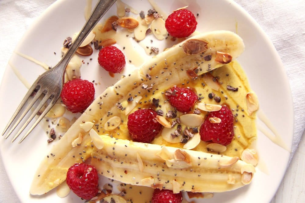 Healthy Banana Split with Turmeric and Yogurt