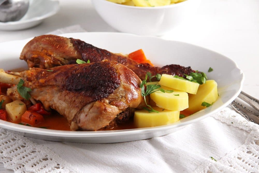 roasted turkey drumsticks or legs with gravy