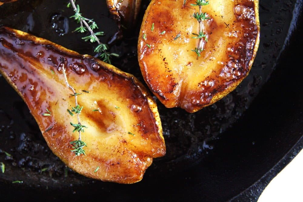 Roasted pears with balsamic and honey