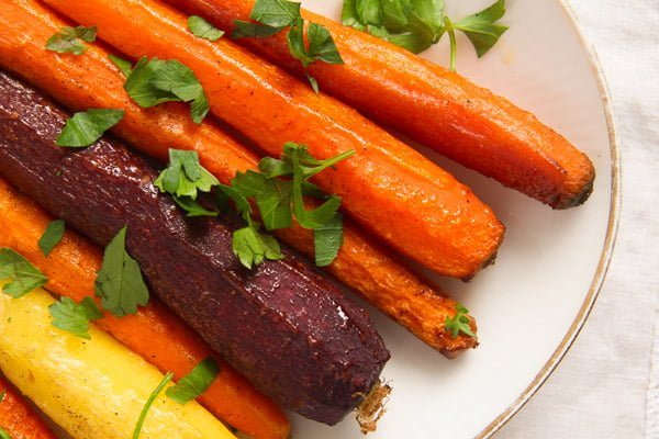 carrots oven ed 2 The Easiest Recipe for Whole Roasted Carrots with Olive Oil