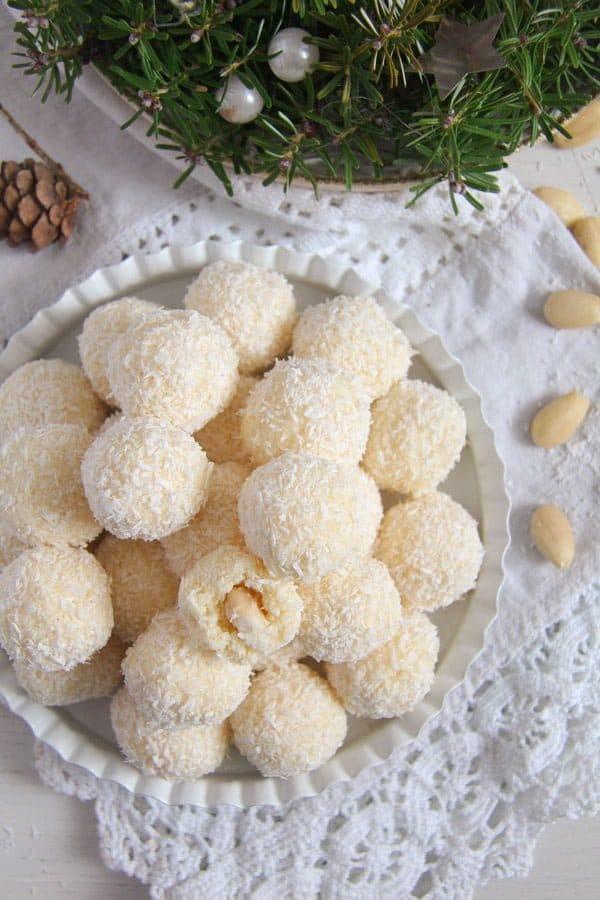 raffaello ed 3 Three Ingredient Homemade Raffaello Coconut Almond Balls