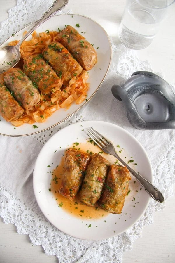 how to make cabbage rolls with meat and rice