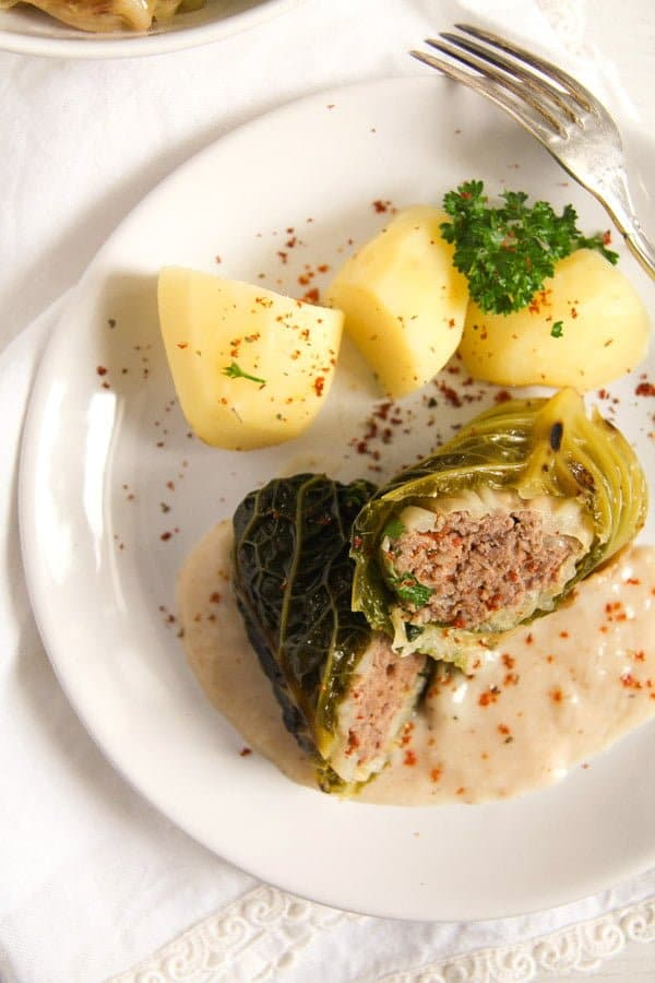 savoy cabbage rolls 2 Easy Stuffed Savoy Cabbage with Minced Meat – German Recipe