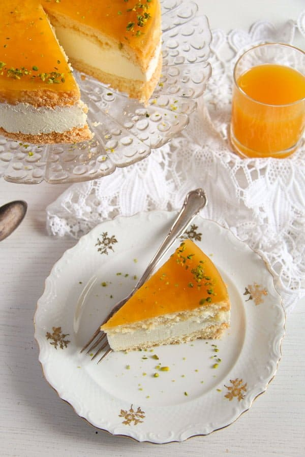 passion fruit cream cake 4 Passion Fruit or Maracuya Juice Cheesecake with Quark and Cream