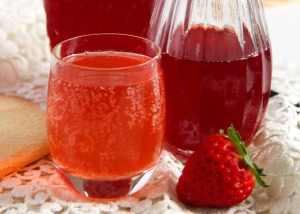 %name How to Make a Simple Strawberry Syrup   with Ginger