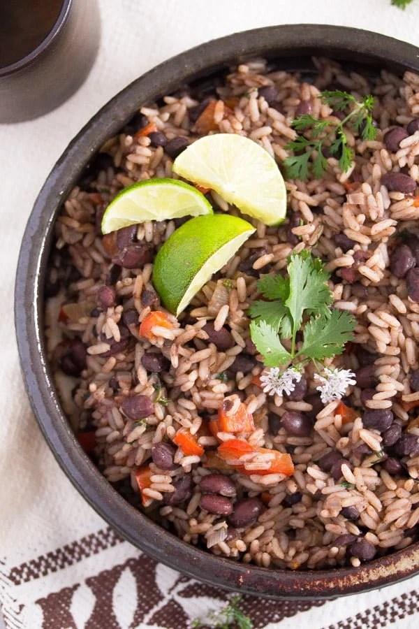 gallo pinto 1 Gallo Pinto – Black Beans and Rice Recipe – Costa Rican Food