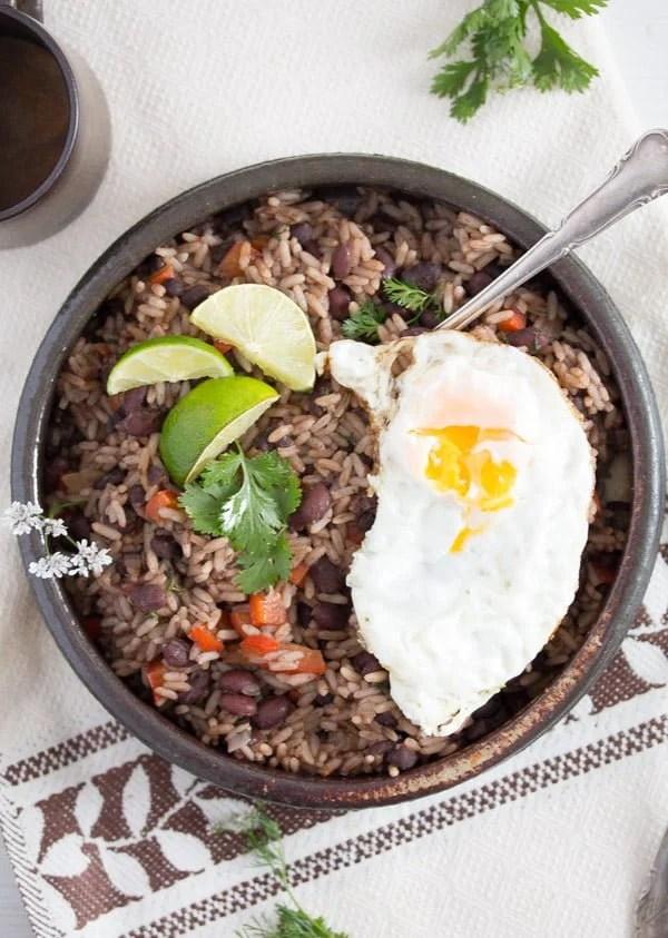 gallo pinto 2 Gallo Pinto – Black Beans and Rice Recipe – Costa Rican Food