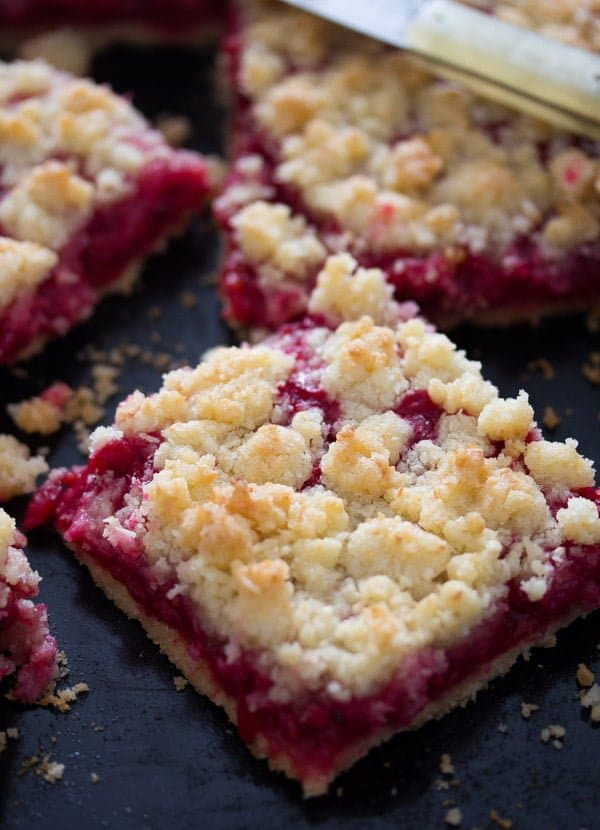 red currant cake 9 Easy Streusel Cake with Red Currants and Coconut – German Food