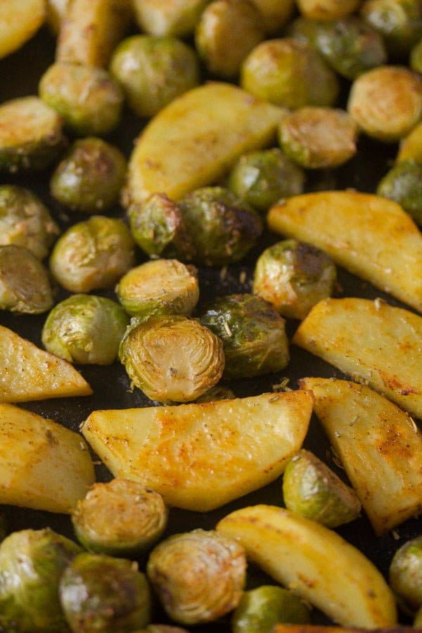 roasted brussels sprouts and potatoes 4 Roasted Brussels Sprouts and Potatoes with Rosemary