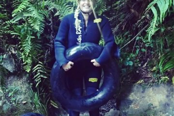 legendary black water rafting, waitomo, caving waitomo, caving new zealand, glow worm caves,